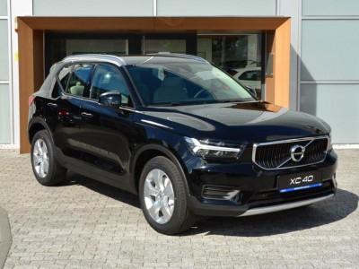Operativní leasing - Volvo XC40 Momentum Pro